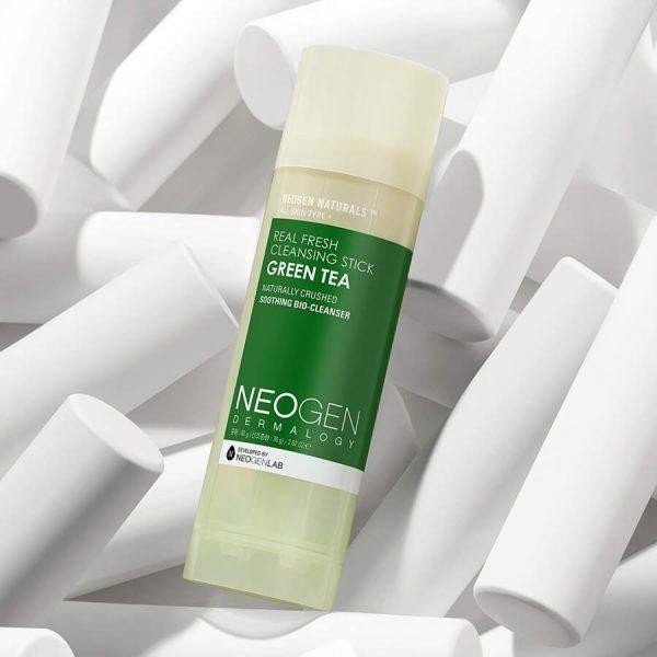 stick-pentru-curatarea-tenului-cu-ceai-verde-80-g-neogen