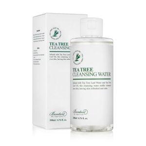 Demachiant realizat cu 70% apa din frunze de arbore de ceai, indeparteaza machiajul si curata impuritatile