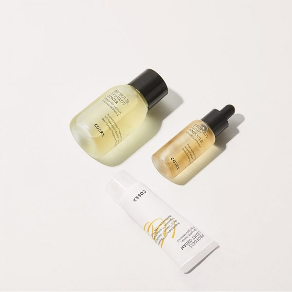 kit-cosmetic-pentru-hidratare-intensa-full-fit-propolis-travel-size-cosrx